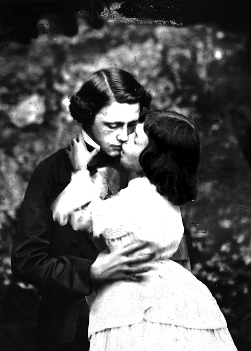 carroll and alice kissing